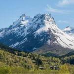 Vue sur les montagnes nature et residence